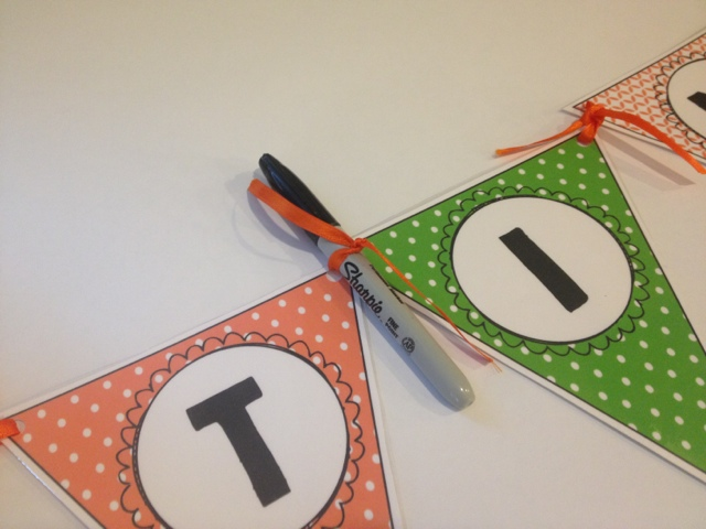 How to Tie A Bunting